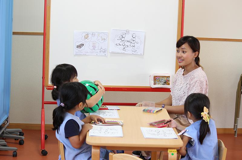 いつも英語で楽しい英語教室!